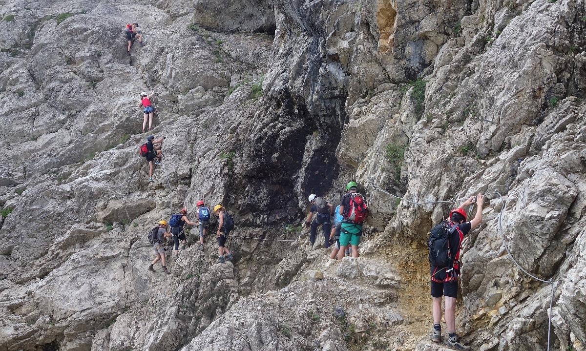 Klettersteig Salewa : ᐅ salewa klettersteig adrenalinkitzel hart am abgrund