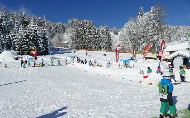 Kinderskilift an der Talstation Ofterschwang